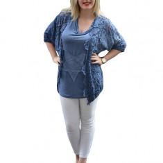 Bluza trendy cu dantela si paiete, nuanta bleumarin, cu croi lejer