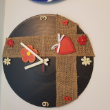 """Ceas de perete pictat """"Traditional"""" - handmade - artizanat - cadou deosebit"""