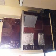 Vând sobă de teracotă cu plită