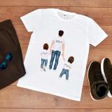 """Cumpara ieftin Tricou personalizat """"Tata cu baieti"""" (Marime: L, Marime imprimeu: A3 + 10 lei,..."""