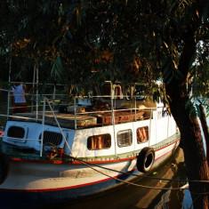 Salupa agrement pentru turism in Delta Dunarii, port TULCEA