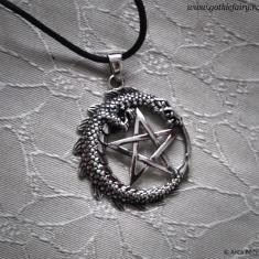 Pandantiv argint Pentagramă cu dragon