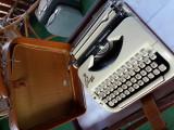 masina de scris PRINCESS 200