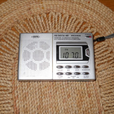 Radio portabil Heru WE 24806