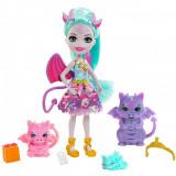 Cumpara ieftin Papusa Enchantimals Deanna Dragon Family cu 3 figurine si accesorii, Mattel