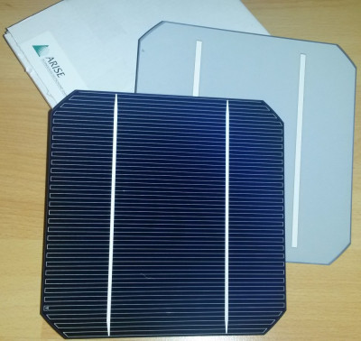 Celule fotovoltaice monocristaline (celule solare) 3.95W, 156x156mm foto