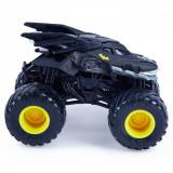 Monster Jam Masinuta Metalica Batman Scara 1 La 64