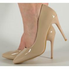 Pantofi eleganti nude de lac (cod 525109)