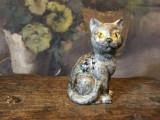 Vintage / Decor / Design - Figurina / Bibelou deosebit din portelan / pisica !