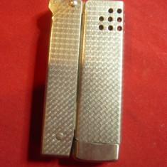 Bricheta veche metalica , fara marca ,h=6cm