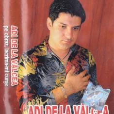 Caseta audio:  Adi de la Vâlcea – Pe obraz, lacrima-mi curge ( 2002, originala)
