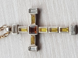 Cruce argint 925 placata cu aur si lantisor decorata zirconiu