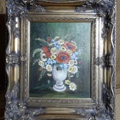 Tablou vechi cu pictura flori.