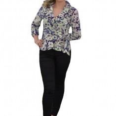 Bluze cu maneca trei-sferturi, in nuante de mov