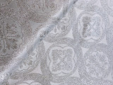 Material veșminte preoțești, alb-argintiu