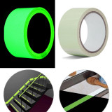 Cumpara ieftin Banda antiderapanta autoadeziva fosforescenta verde, latime 5 cm, lungime 10 m, lumineaza intens, ProCart