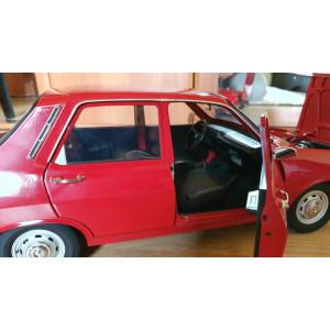 Machetă Dacia 1300 scara 1:8 De Agostini