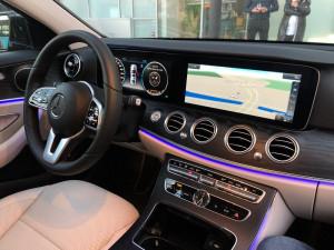 Inchiriez masina cu sofer/ rent a car/ inchiriat limuzina Mercedes!