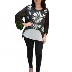 Bluza Adriena de ocazie,design romantic,model floral,nuanta bleumarin-alb