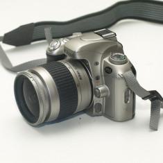 Nikon F55 + obiectiv 28-80mm