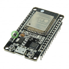 ESP-32 Wireless WiFi Bluetooth Board 2.4GHz Micro USB CP2102 Dual Core