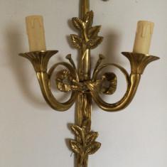 Superbă pereche de aplice  din bronz masiv in stilul francez Empire