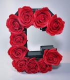 Aranjament Flori Sapun litera C, 25cm