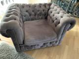 Canapea 3 locuri, extensibila si 2 fotolii model Chesterfield tapitate catifea