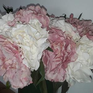 Buchet flori artificiale - DALIE  DOVER 5 fire ALB ROZ  , inălțime 25  cm