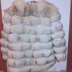 Haină din blană de vulpe