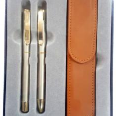 "Set stilou+pix+etui CRESCO EXCLUSIVE ""S"",metalic 8301471,model ES-01 argintiu, cutie cadou"