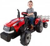Tractor și remorcă Case IH Magnum 12-Volt