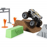 Set de Joaca Camioneta Max-D cu Nisip Kinetic si Accesorii MaxFun Monster Jam, Spin Master