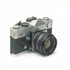 Aparat foto SLR Petri TTL + Obiectiv Petri 50mm 1.8
