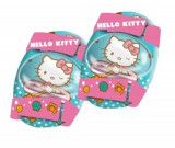 Set role cu genunchere si cotiere Hello Kitty, Mondo