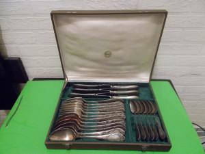 Impresionant Set de 24  TACAMURI  RUSESTI  VECHI  placate cu ARGINT , patina