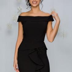 Rochie Katia neagra cu peplum si insertii din pene