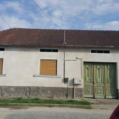 Vanzare casa Otelu-Rosu