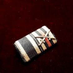Bareta Crucea de Fier si Crucea de Onoare Hindenburg spade WW1 originala  veche