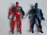 Lot 2 supereroi* (Power Rangers) -B2