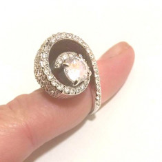 Inel placat cu aur alb 18k si cristale Swarovski- marimea 7,17mm