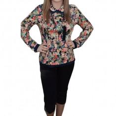 Pantalon catifelat, negru, trei-sferturi si talie medie comoda