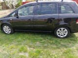 Opel Zafira B an 2012