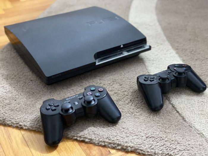 Consola Playstation 3 Slim Modat 120 GB cu 13 jocuri GTA 5 FIFA 19 PS3