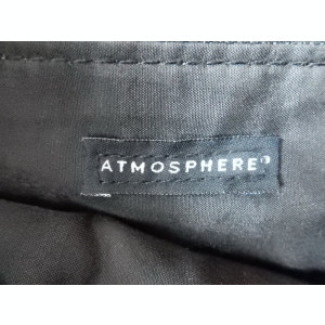 Geanta din piele Atmosphere.  Dimensiuni: 40 x 34 cm.  Stare: impecabila.