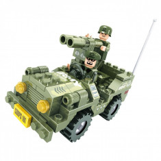 Set cuburi lego, model vehicul militar, 118 piese