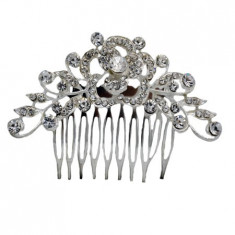 Agrafa tip pieptene, cu cristale ,pentru evenimente speciale,nuanta argintiu