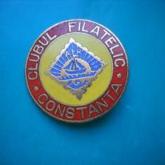 HOPCT INSIGNA VECHE ROMANIA CLUBUL FILATELIC CONSTANTA