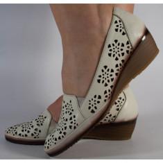 Pantofi nude perforati platforma piele naturala (cod 196055)