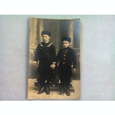 FOTOGRAFIE TIP CARTE POSTALA, DOI FRATI IN TINUTA MILITARA, ANII '20